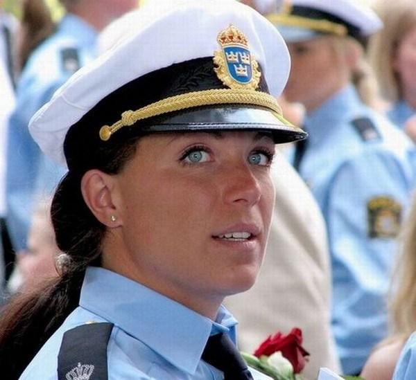 10 женщин из правоохранительных органов разных стран