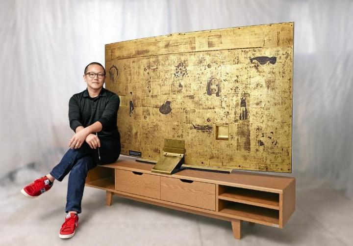 Золотой телевизор от Samsung