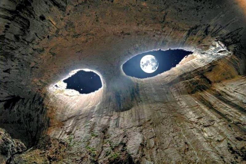 Глаза Бога — неимоверная пещера Проходна
