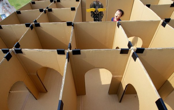 Игрушки из картонных коробок, чтобы порадовать детей