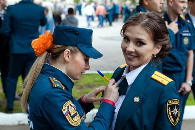 Девушки в МЧС России