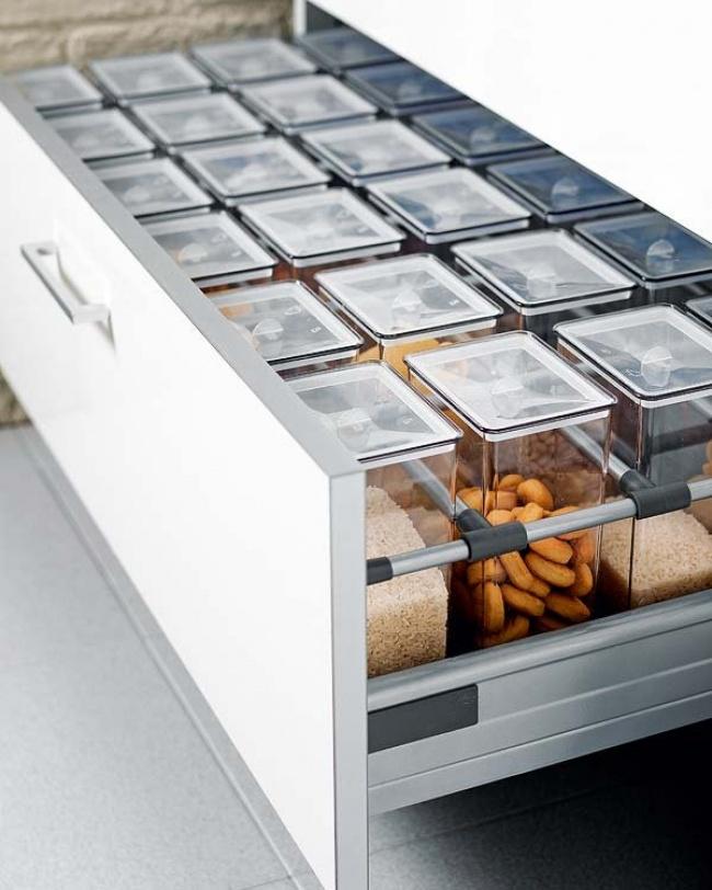 16 эргономичных способов сэкономить место на кухне