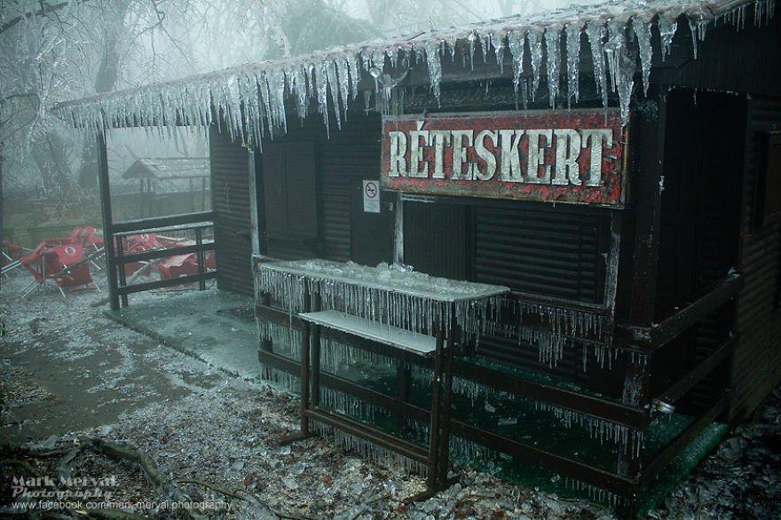 Ледяной дождь в Будапеште от Марка Мервай