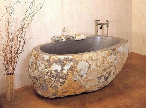 Уютные ванные из камня