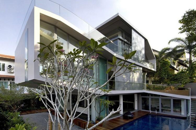 Многоярусный частный дом в Сингапуре