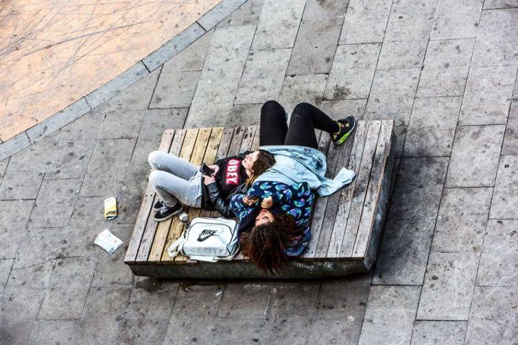 Нескучная жизнь одной скамейки