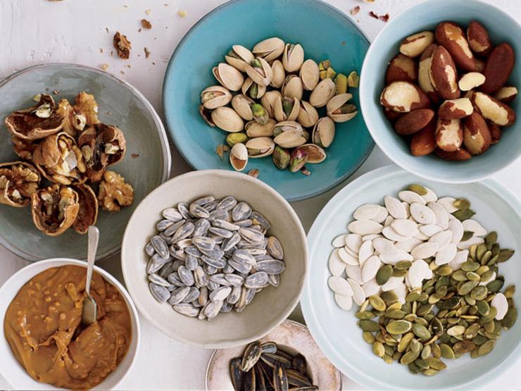 Правильно едим орехи и семечки