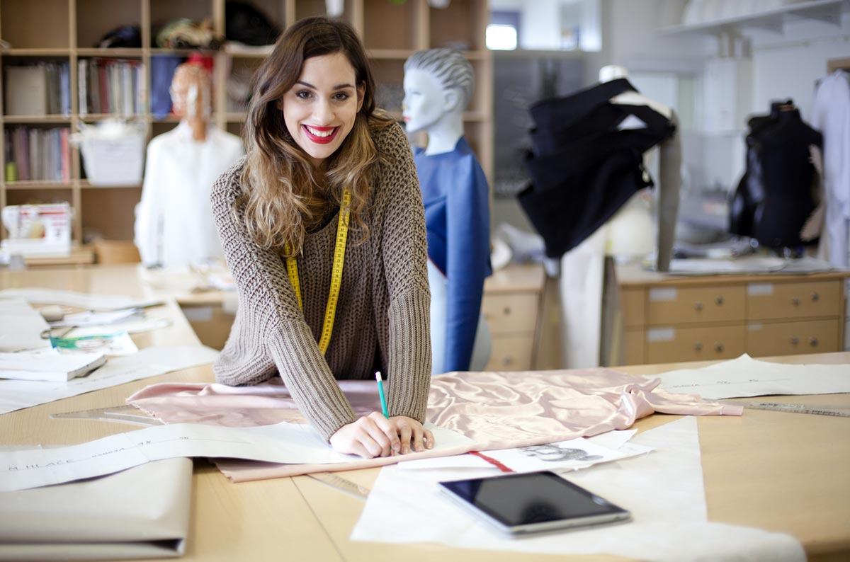 Работа модельер одежды 10 фотография