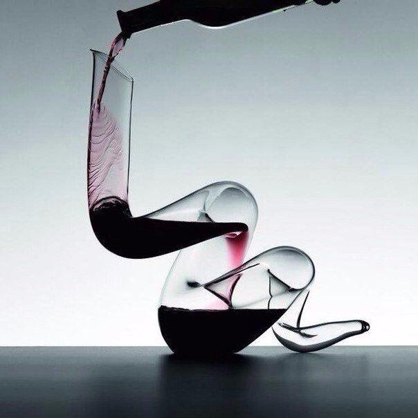Необычные графины для вина