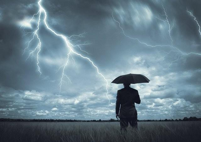 Изумительные фотографии охотника за молниями