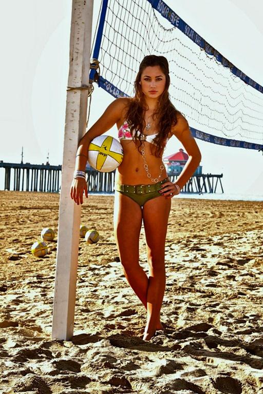 Красивые девушки — волейболистки