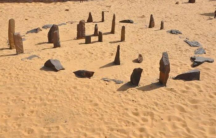 Неразгаданные тайны пустынь