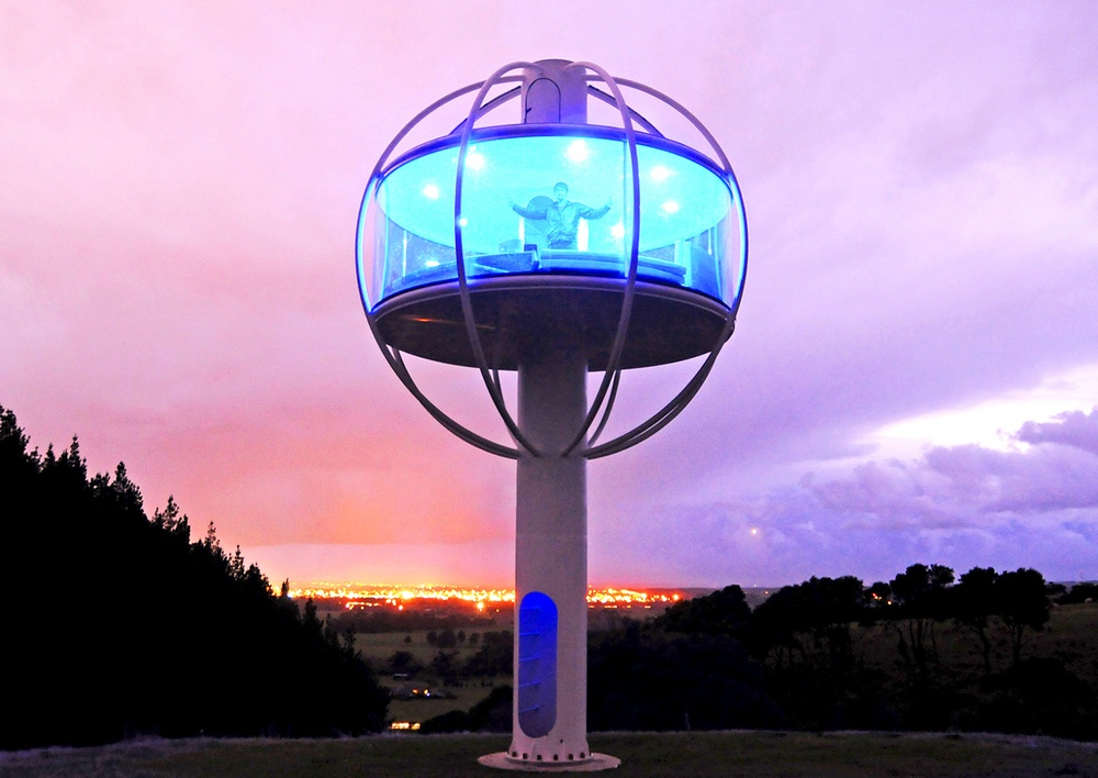 Высокотехнологичная холостяцкая берлога Skysphere