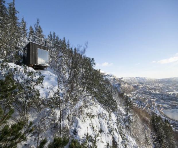 Домик на горной вершине в Норвегии