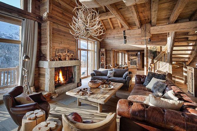 Отель во Франции из старой древесины