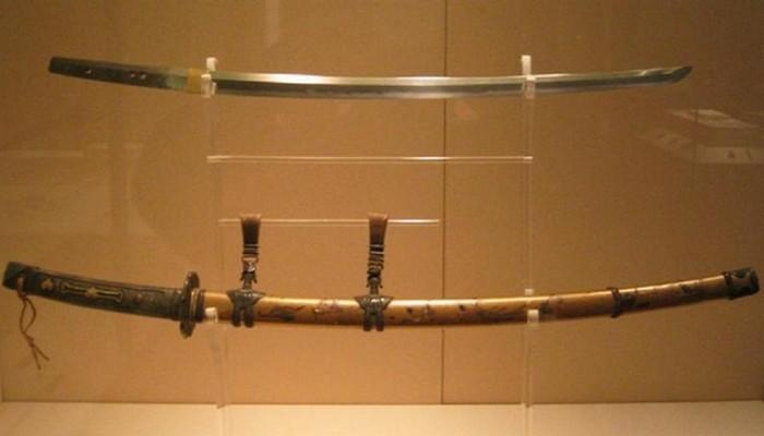 10 самых дорогих средневековых мечей, дошедших до наших дней