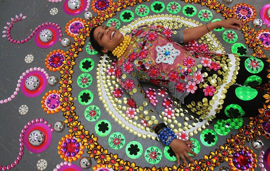 Мандалы из кристаллов от Сьюзан Друммен