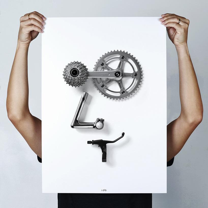 Смайлы из деталей велосипеда от Томаса Янга