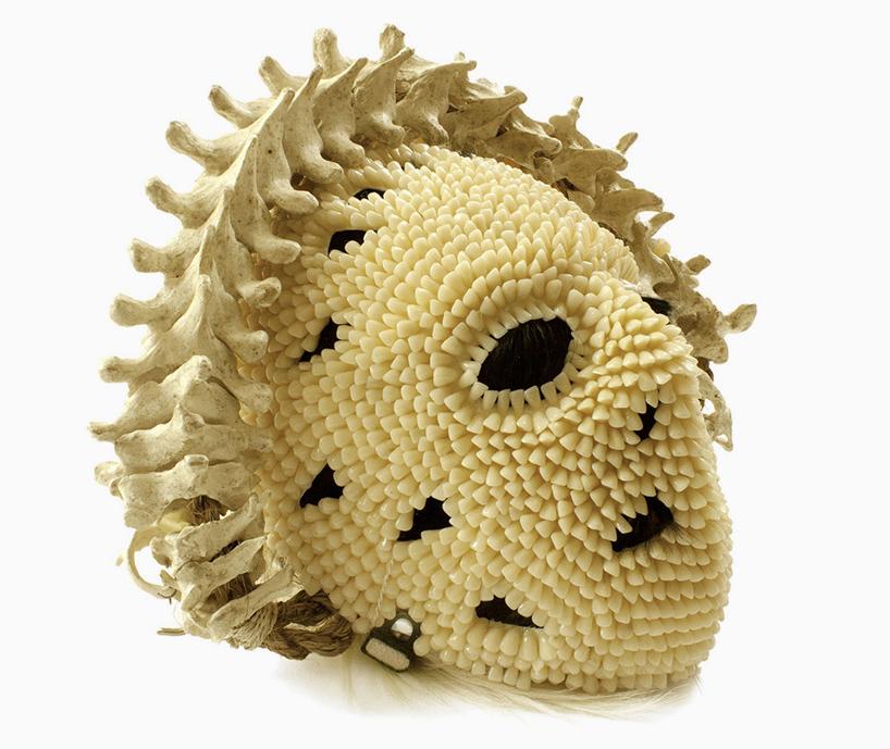 Вещи из человеческих костей, волос и зубов