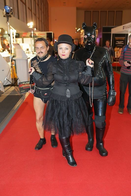 Ярмарка эротической продукции Venus открылась в Берлине