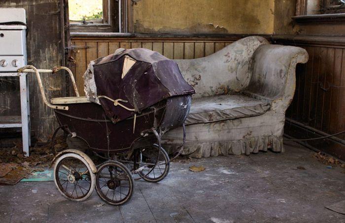 Заброшенное поместье британского писателя Джона Мильтона