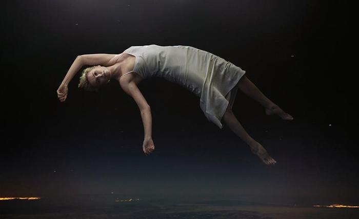 Известные актеры падают с небес