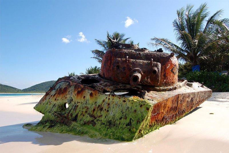 Заброшенные танки в разных уголках мира