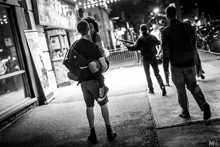 Фотопроект о любви на улицах городов от Микаэля Таймера