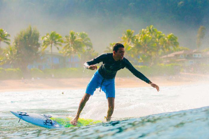 Незрячий бразилец, который стал профессиональным серфером
