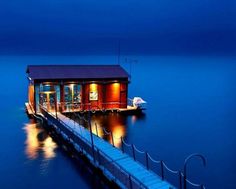 Плавучие дома мечты для спокойствия и умиротворения