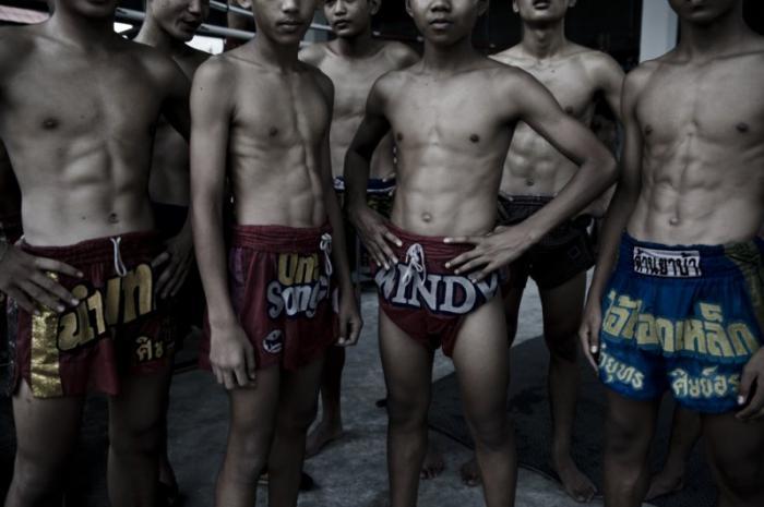 Школа для юных бойцов в Тайланде