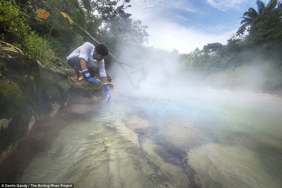 Река в амазонских джунглях, в которой можно свариться заживо