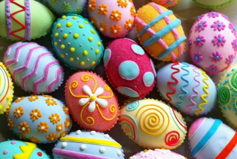 Креативные способы украсить пасхальные яйца