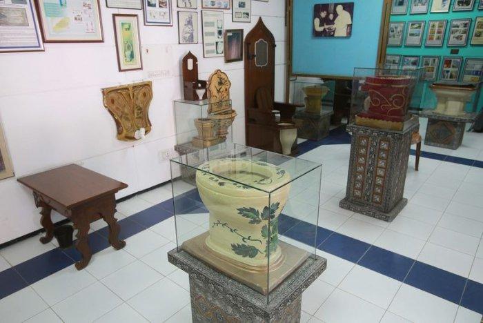 Первый в мире международный музей туалетов