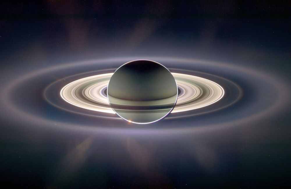 Удивительные эпические фотографии Сатурна
