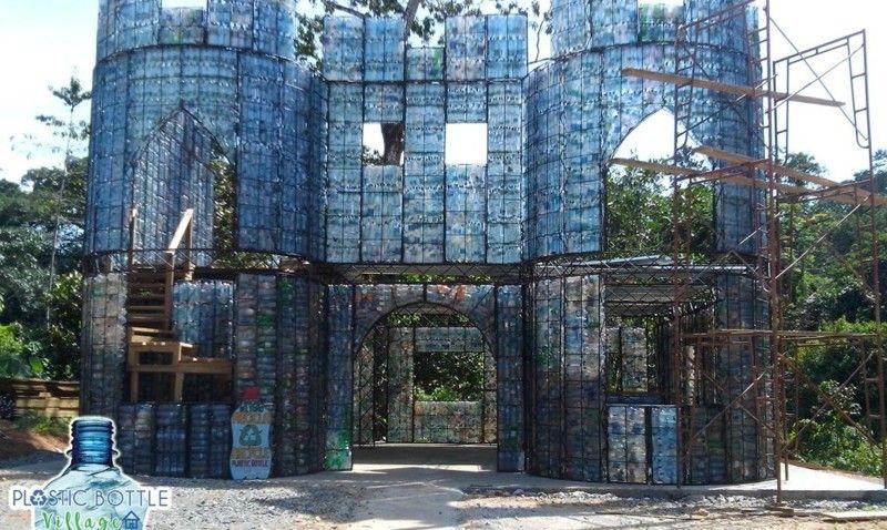 дом из бутылок пластиковых своими руками