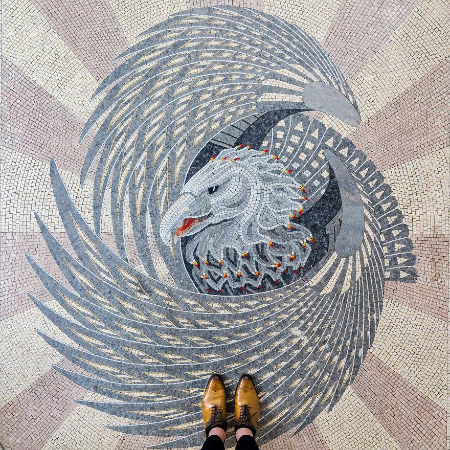 Пол может быть произведением искусства: в Лондоне всегда нужно смотреть под ноги