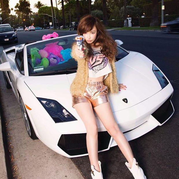 45-летняя японская модель покорила пользователей сети