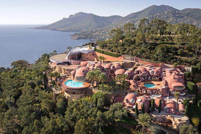 Дворец пузырей — самый дорогой в мире дом