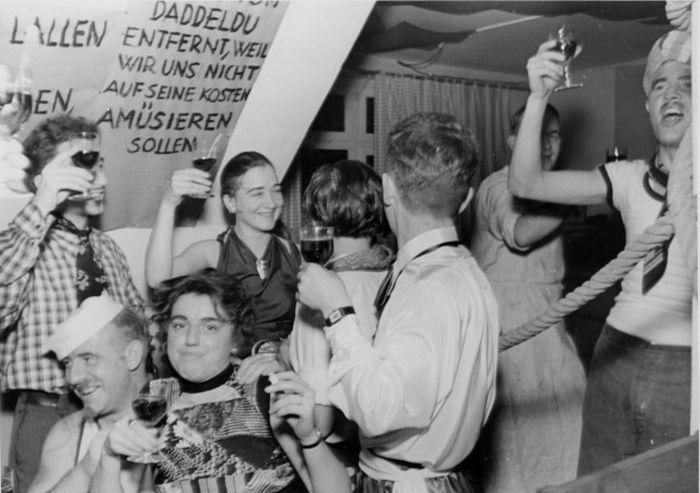 Повседневная жизнь граждан Германии, 1935-1937 гг.