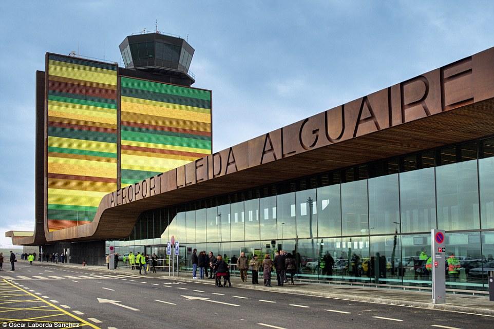 Аэропорты-шедевры, из которых не хочется улетать