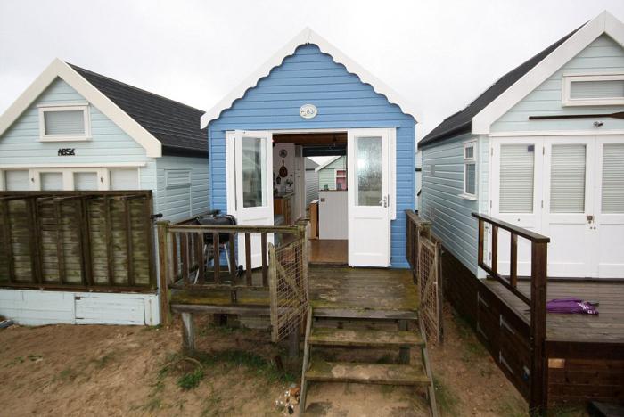 Элитная недвижимость на пляже Мадефорд в Великобритании