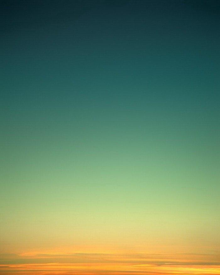 Необычные оттенки неба