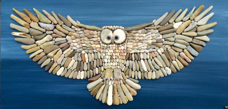 Удивительно реалистичные картины из камней, найденных на пляже