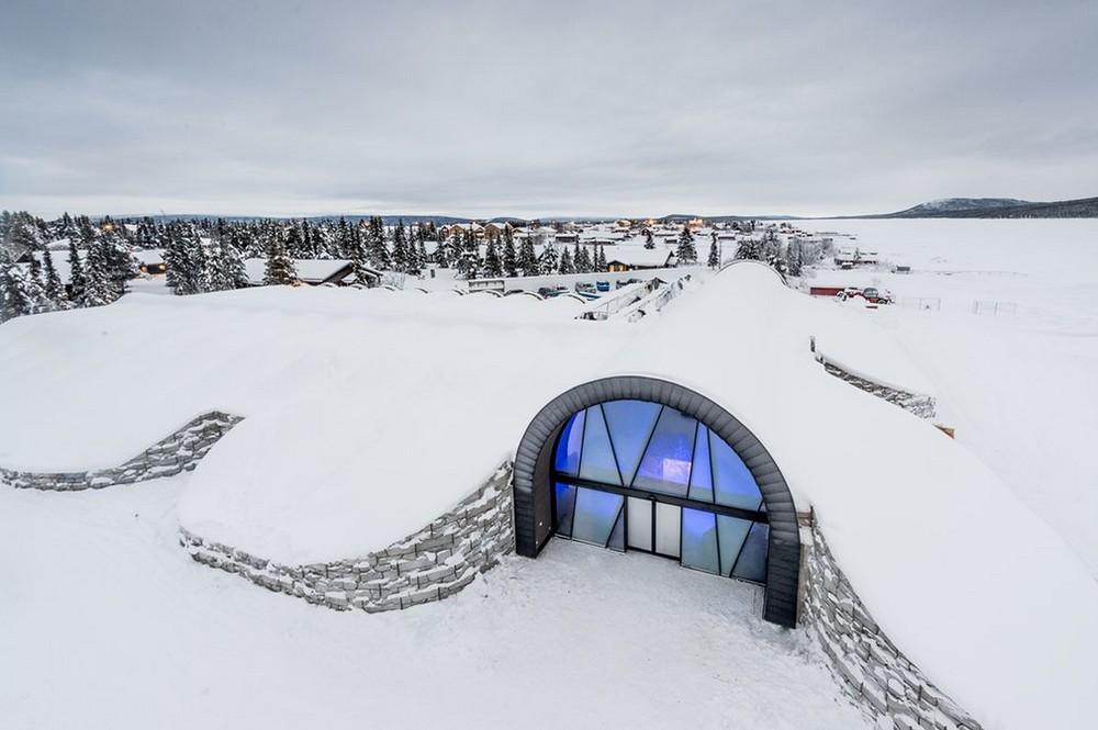 Волшебный ледяной отель в Швеции