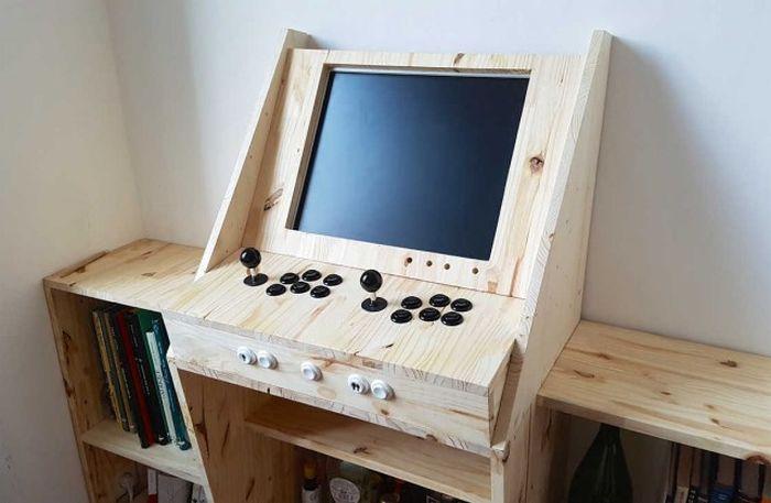 Мужской игровой автомат своими руками