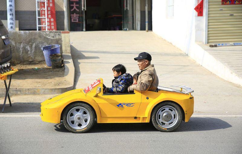 Дедушка собрал своему внуку мини-Lamborghini