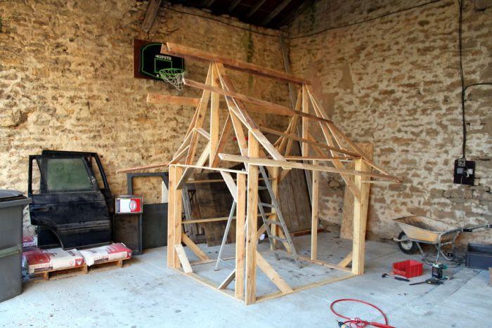 Деревянный замок для пятилетней девочки