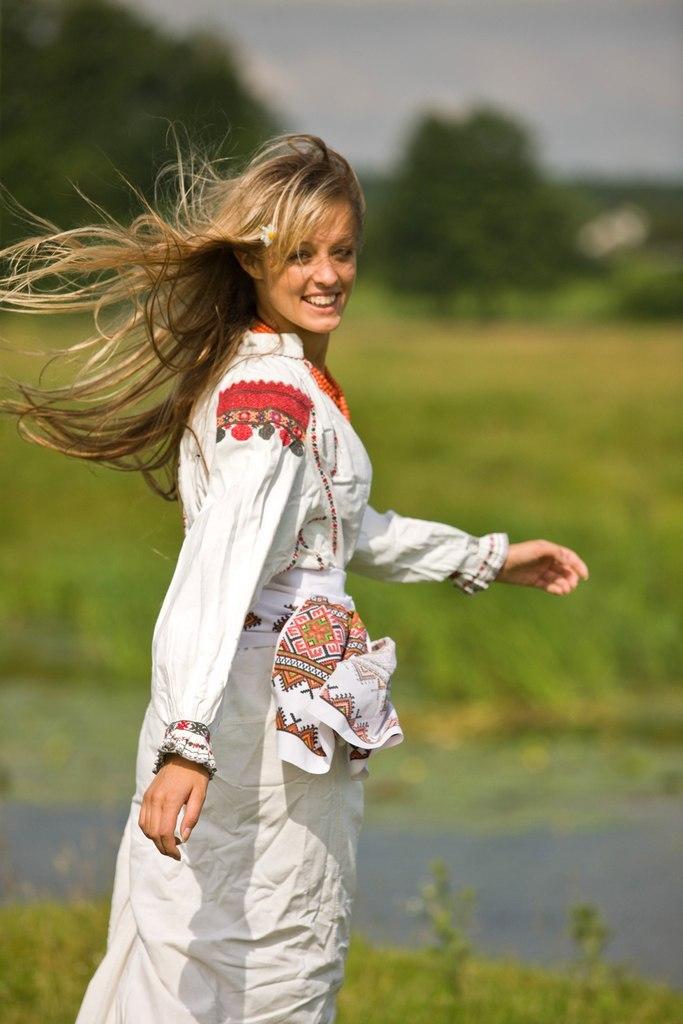 Красивые славянские девушки