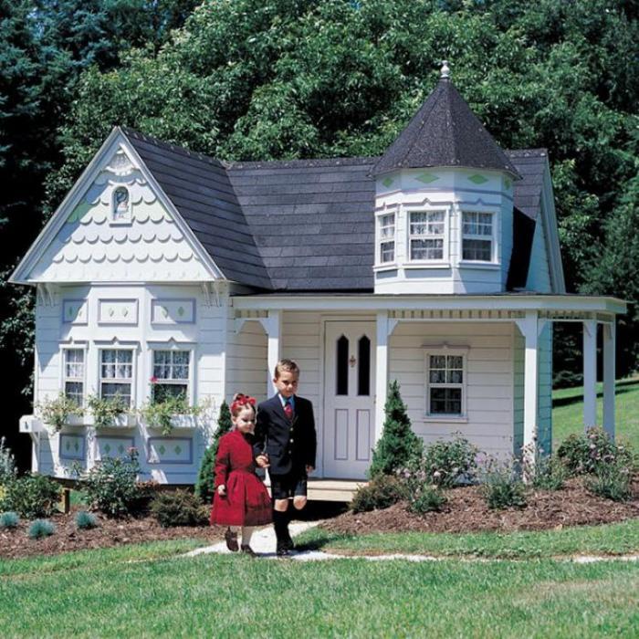 Собственный домик для детей богатых родителей